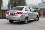 2013款 北京汽车E系列 三厢 1.5L 乐天自动版