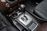 2014款 双龙雷斯特W 2.0T 四驱豪华导航版