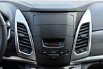 2015款 双龙柯兰多 2.0L 汽油四驱自动致纯版