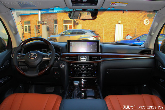 2016款 雷克萨斯LX570 动感豪华版