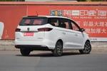 2019款 宝骏360 1.5L CVT豪华型