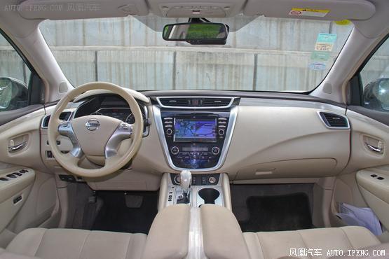 2015款 日产楼兰 2.5 S/C HEV XV 四驱混动旗舰版