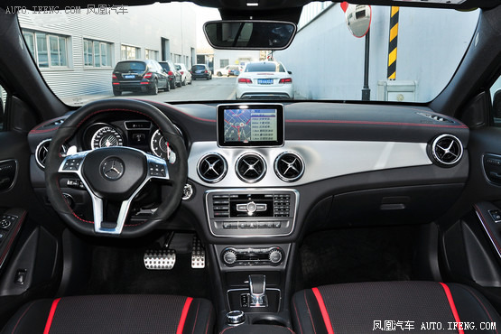 2015款 奔驰GLA 45 AMG 4MATIC